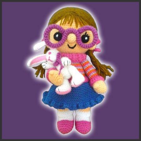 Chloe, The Doll – Amigurumi Pattern