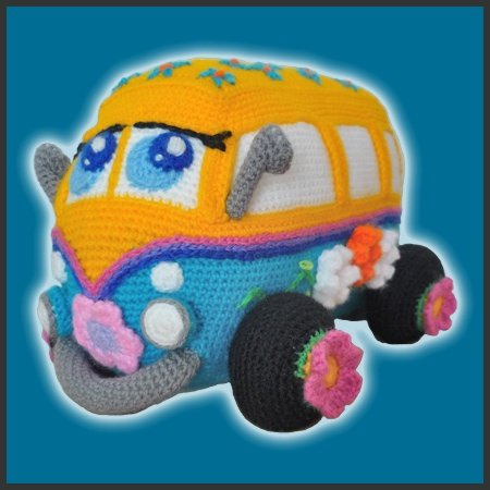 FlowerPower Bus – Amigurumi Pattern