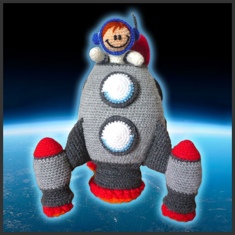 Spaceship and Astronaut – Amigurumi Pattern